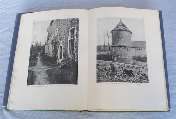 Small Manor Houses and Farmsteads in France. With an Introduction by Leigh French, Jr. Harold Donaldson Eberlein, Roger Wearne Ramsdell.
